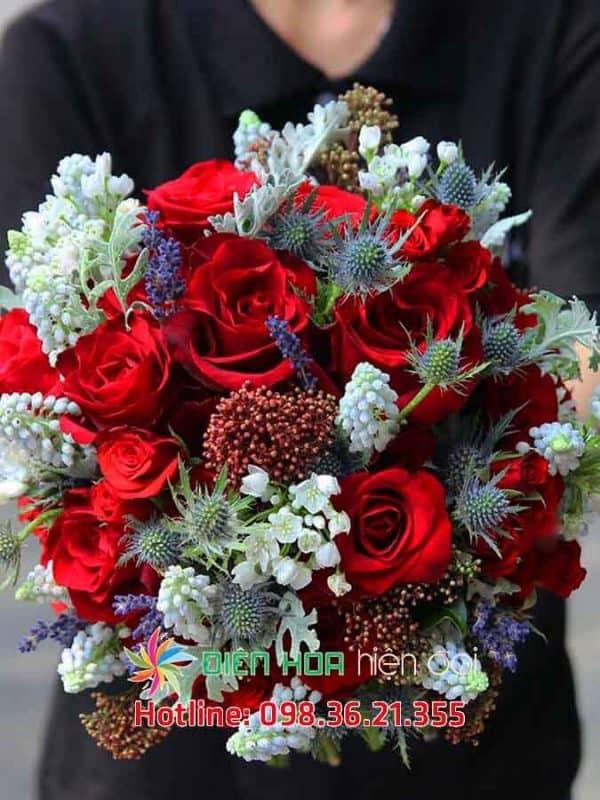 Cô dâu xinh đẹp - Hoa cưới DH345