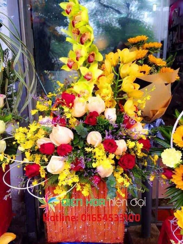 Giỏ hoa vàng tình yêu - DH130