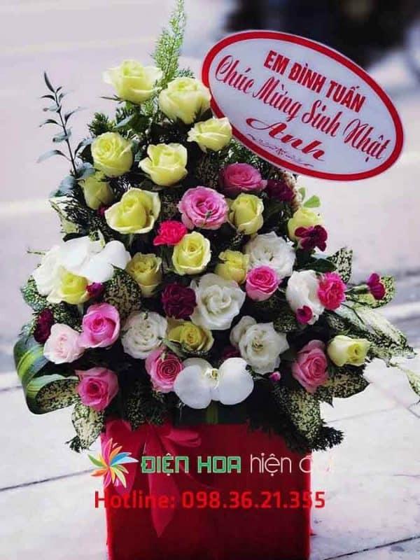 Giỏ hoa hồng mừng sinh nhật - DH336